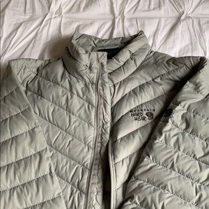 Mountain Hardware Light Grey Jacket